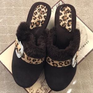NWOT Grazie brown leather Whimsey leopard mules